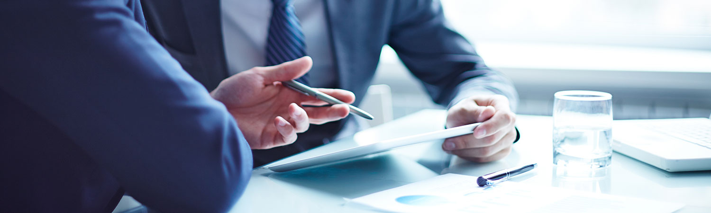 ¿Quieres contratar un seguro, pero no lo entiendes? En este artículo te ayudamos a conocer la terminología habitual del contrato de la póliza
