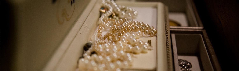 asegurar objetos de valor también es importante si quieres proteger tus joyas